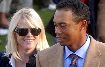 Elin lär maken Tiger Woods ta ut soporna ...