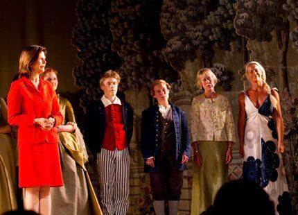 Drottning Silvia delade ut priser på Drottningholm