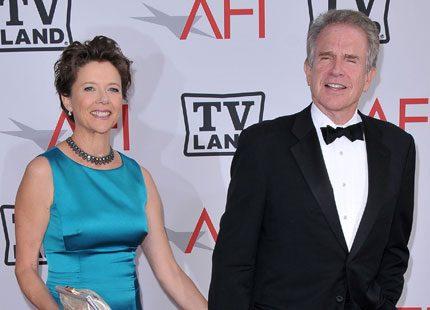 Warren Beattys och Annette Benings dotter vill byta kön