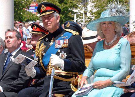 Prins Charles och Camilla lever separata liv