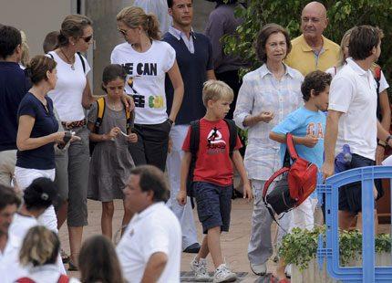 Spanska kungafamiljen älskar verkligen att segla