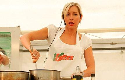Paul McCartneys exfru <br> Heather jobbar som köksa!