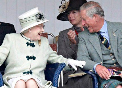 Skojfriska drottning Elizabeth och <br> prins Charles...