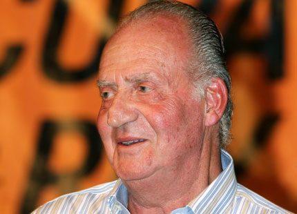Kung Juan Carlos drar ner på utgifterna