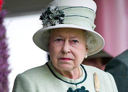 Drottning Elizabeths renovering på 17 miljoner ifrågasätts starkt...