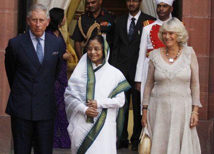 Charles och Camilla på besök i heta Indien