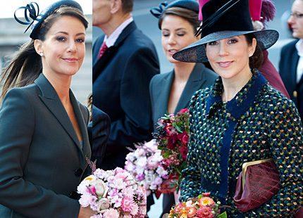 Moderiktiga prinsessorna Marie och Mary på Folketingets öppnande