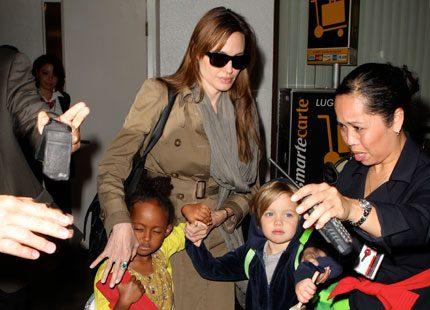 Angelina Jolies barn har börjat skolan i Ungern