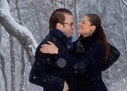 Trots snö och kyla - kronprinsessparets kärlek värmde alla