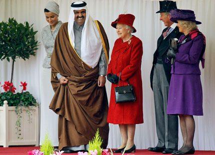 Bildspel: Drottning Elizabeth välkomnade emiren av Qatar