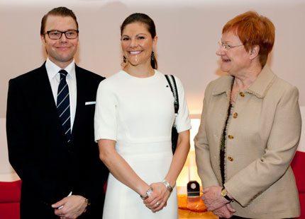 Kronprinsessan Victoria och prins Daniel charmar finländarna