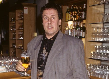 Komikern Lasse Eriksson är död