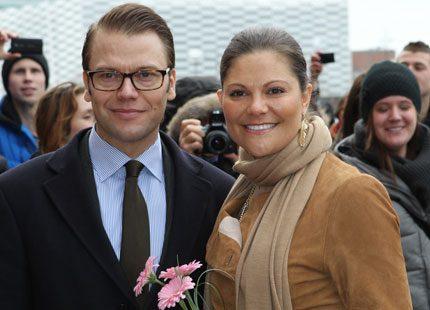Sista dagen i Malmö för kronprinsessparet - med titt i framtidskikaren...