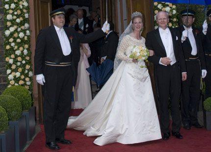 Prinsessan Benediktes dotter Nathalie har förlovat sig