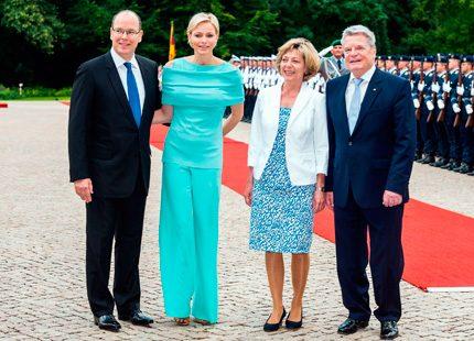 Albert och Charlene på besök i Berlin