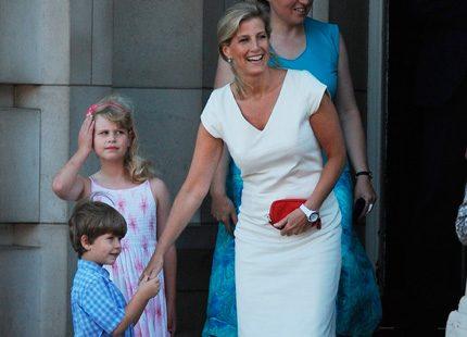 Sophie och barnen välkomnade också OS-facklan