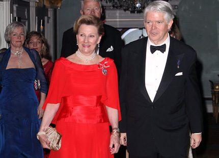 Sonja i rött på gala i New York