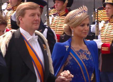 Kungaparet Willem-Alexander och Máxima anländer till Nieuwe Kerk