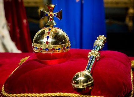 Titta in bakom de kungliga kulisserna med Camilla Spjuth Palve