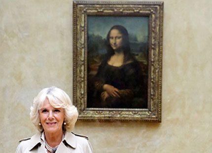 Camilla såg Mona Lisa på Louvren och besökte Dior