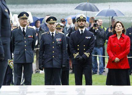 Kungen invigde veteranmonument och delade ut medaljer