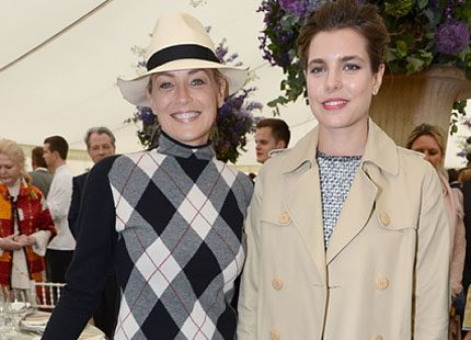 Charlotte Casiraghi med kändisar och kungligheter på Cartier-party