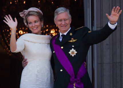 Belgiens nya kungapar hyllades av folket