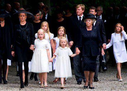 Prins Johan Friso har nu förts till sin sista vila
