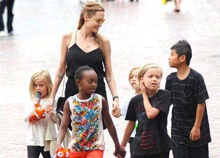 Kungliga barnbloggen om Angelina Jolie och barnen