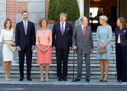 Maxima och Willem-Alexander på besök hos spanska kungafamiljen