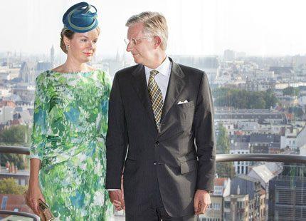 Drottning Mathilde och kung Philippe i Antwerpen