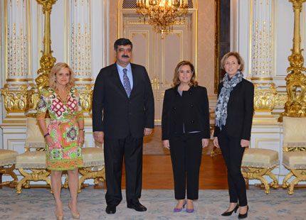 Maria Teresa av Luxemburg tog emot gäster på palatset