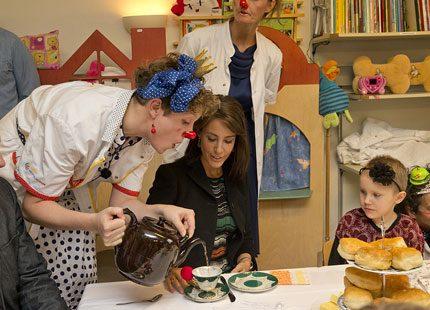 Prinsessan Marie spred glädje på barnsjukhuset