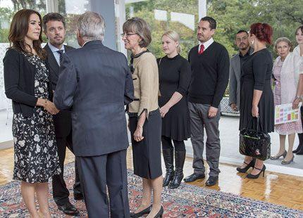 Danskkolonin i Mexiko köade för att hälsa på kronprinsessan Mary