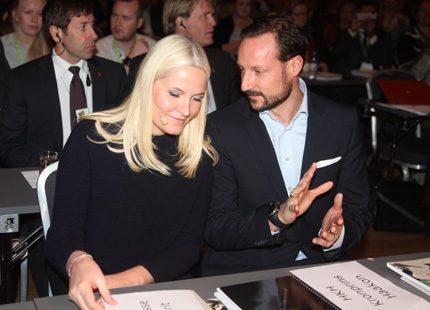 Kronprinsessan Mette-Marit åter på jobbet