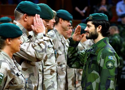 Prins Carl Philip hedrade den svenska Afghanistanstyrkan