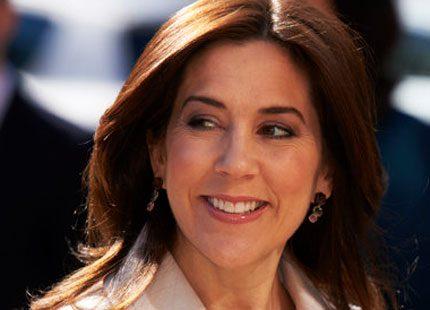 Kronprinsessan Mary riktar ljuset mot Burma