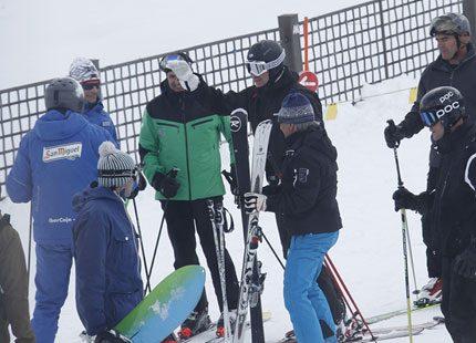 Kronprins Felipe på skidsemester utan Letizia