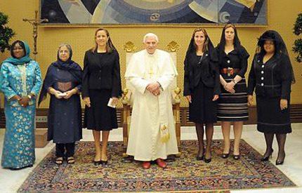 Filippa Reinfeldt mötte påven och Michelle Obama