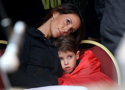 Prinsessan Marie myste med sin son i regnet