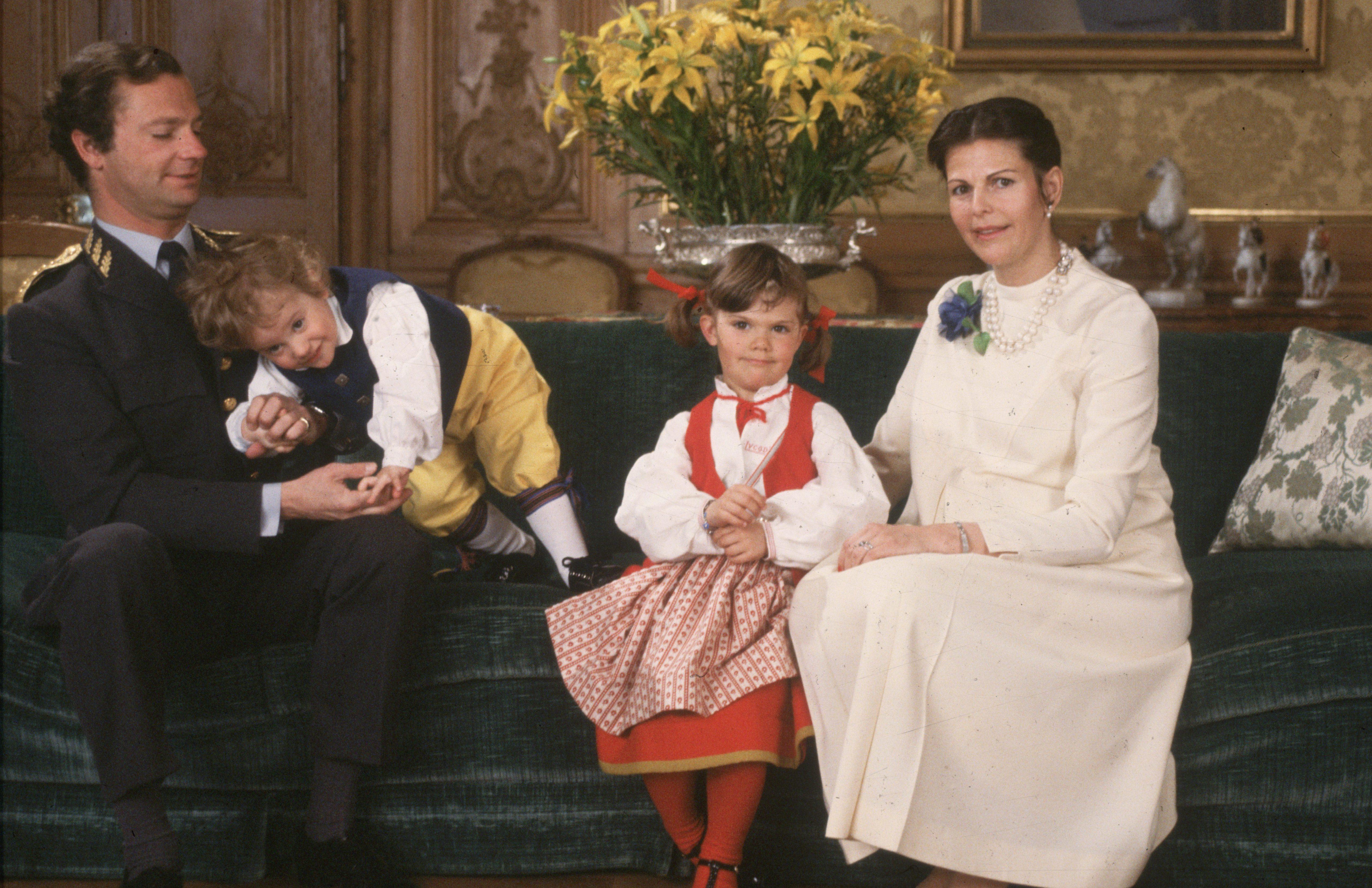 Шведские семьи онлайн, Шведская семья - поиск по лучшим видео (видеороликам) 12 фотография