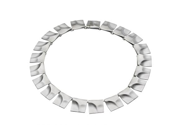 Victorias örhängen och halsband