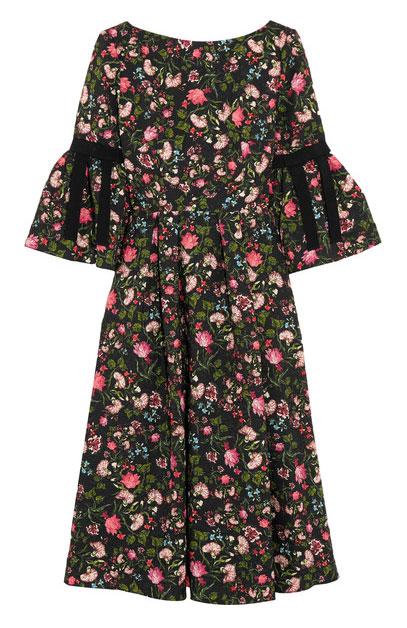 d5b7fac76f4 Under måndagens Te Deum för prins Gabriel bar Madeleine en blommig klänning  från märket Erdem, Aleena Floral Print Matelasse Dress, som (reklamlänk via  ...