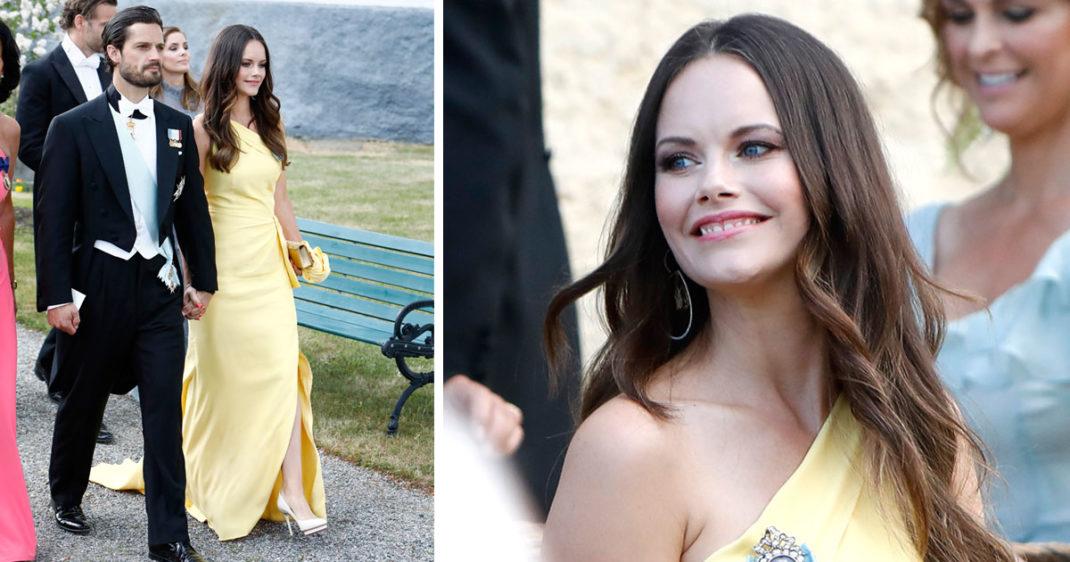 d70b4292f30a Det visade prinsessan Sofia i lördags när hon anlände i en solgul  festklänning med asymmetrisk axel till Louise och Gustav Thotts bröllop.