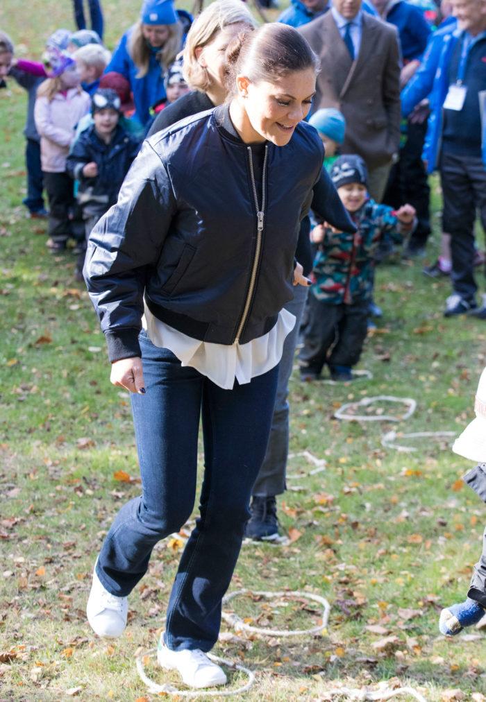 Victoria springer hinderbana.
