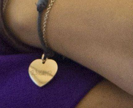 Victorias hemliga armband...