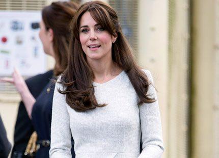 Kates nya grå klänning...