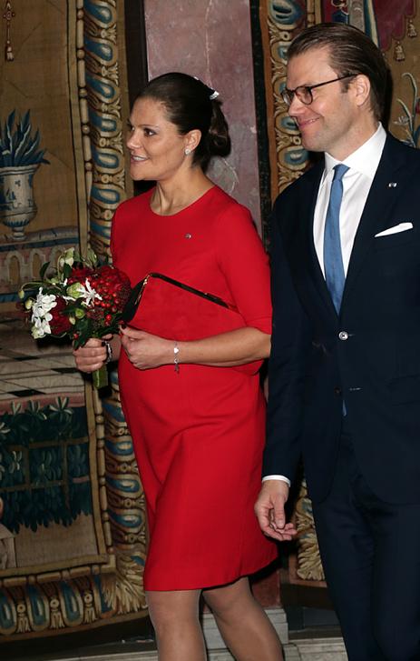 Victorias röda klänning