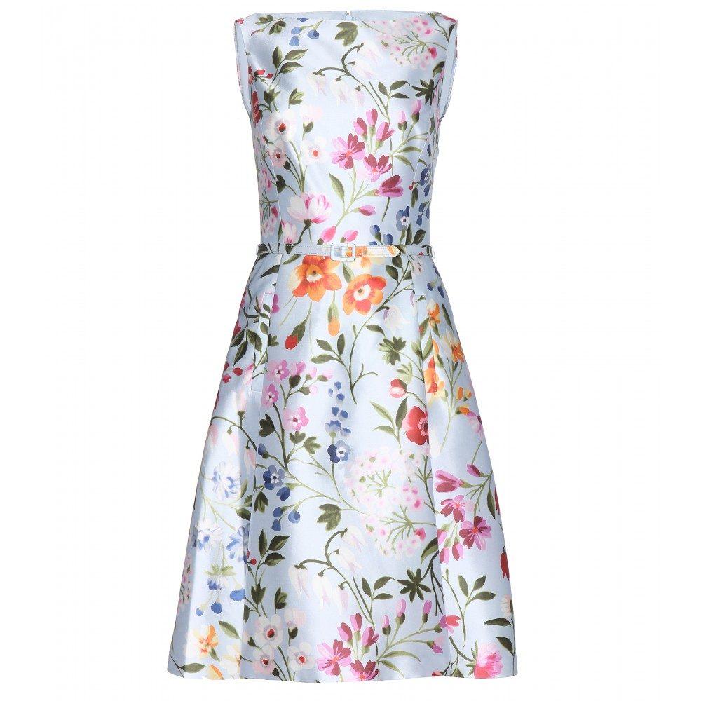 Victorias blommiga klänning