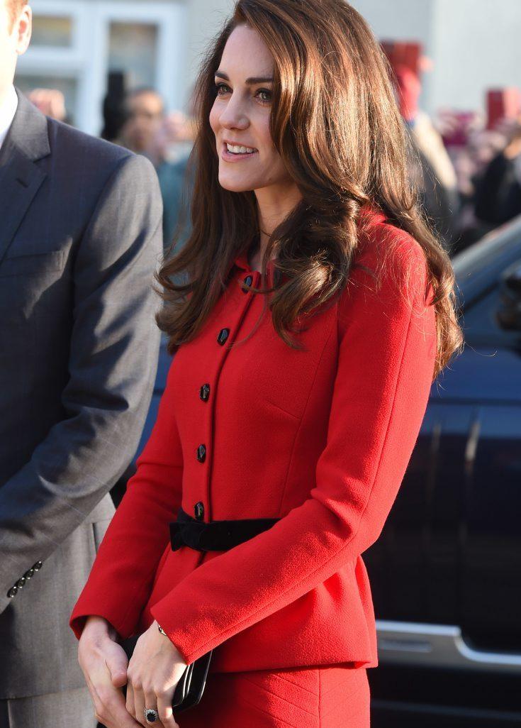 Kates röda dräkt